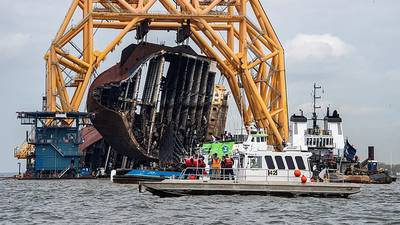 Removal of the capsized cargo ship Golden Ray timeline