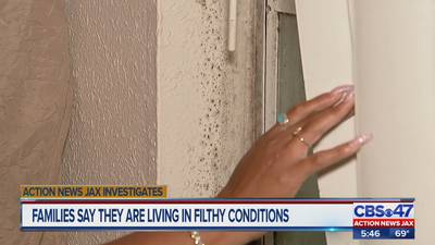 Families say they're dealing with mold, bugs and dark parking lots at Jacksonville complex